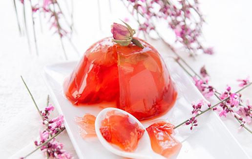 Gelée-de-printemps-fraise-&-rose