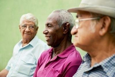 Réduisez vos risques de crise cardiaque : aimez vos voisins!