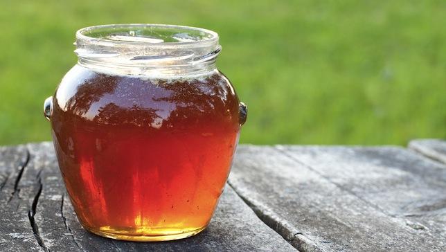 8 nouvelles fa ons d utiliser le miel utilisez le pour la sant la peau les cheveux et plus. Black Bedroom Furniture Sets. Home Design Ideas