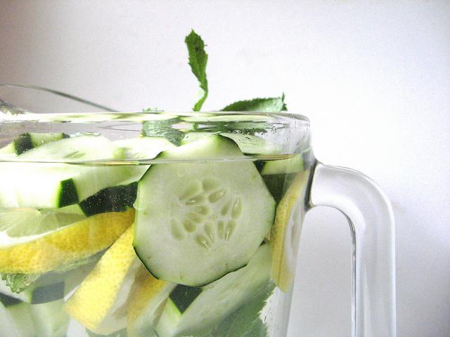 recette-a-base-d-eau-qui-chasse-les-graisses