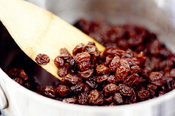 nettoyage du foie avec des raisins secs recette traditionnelle de la m decine russe sant. Black Bedroom Furniture Sets. Home Design Ideas