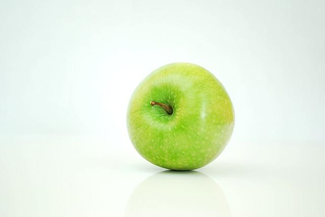 comment arr ter les maux de t te instantan ment avec une pomme sant nutrition. Black Bedroom Furniture Sets. Home Design Ideas