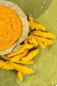 aliments qui débouchent naturellement les artères Turmeric-200x300