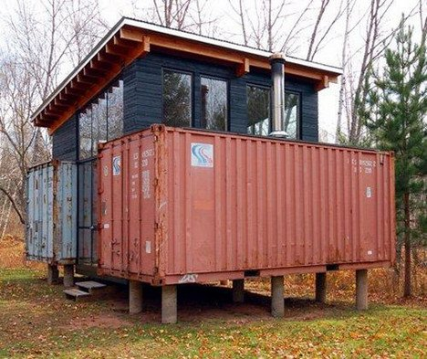 avec 1600 euros vous pouvez transformer un conteneur maritime en une maison pique hors r seau. Black Bedroom Furniture Sets. Home Design Ideas