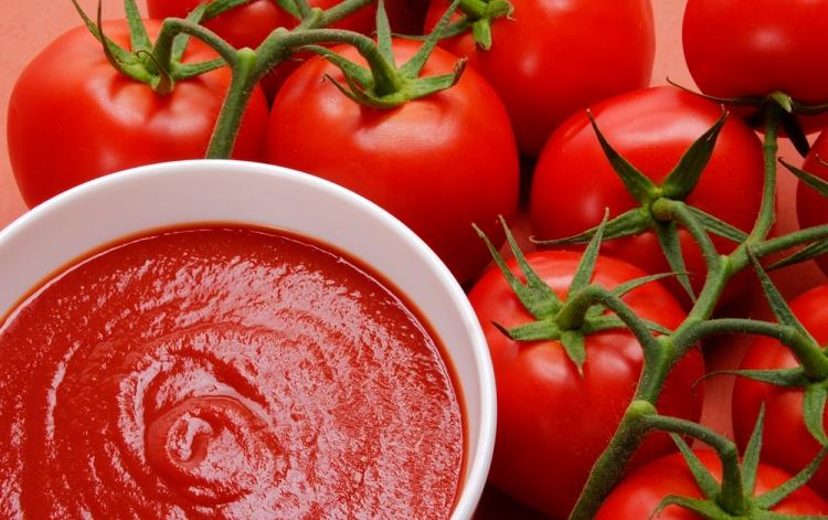 comment faire du ketchup maison en seulement 2 minutes sant nutrition. Black Bedroom Furniture Sets. Home Design Ideas
