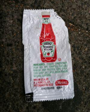 sachet-ketchup-heinz