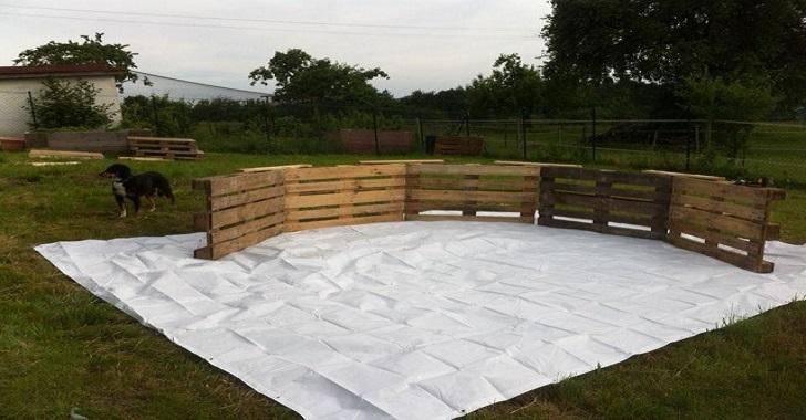 il a construit une piscine avec 10 palettes et 70 euros sant nutrition. Black Bedroom Furniture Sets. Home Design Ideas