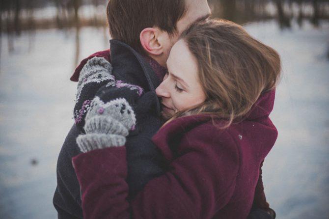 romance-couple-1209046_12801-670x446